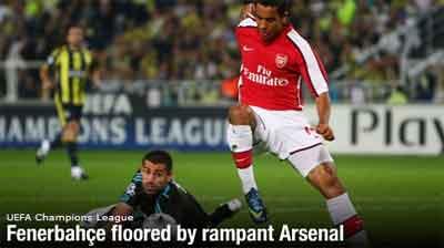 Theo Walcot bersinar lagi bersama Arsenal